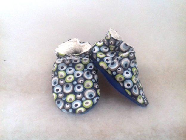 Chaussons bébé bulles bleues